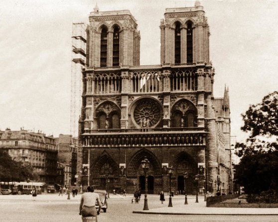 1940s Notre Dame